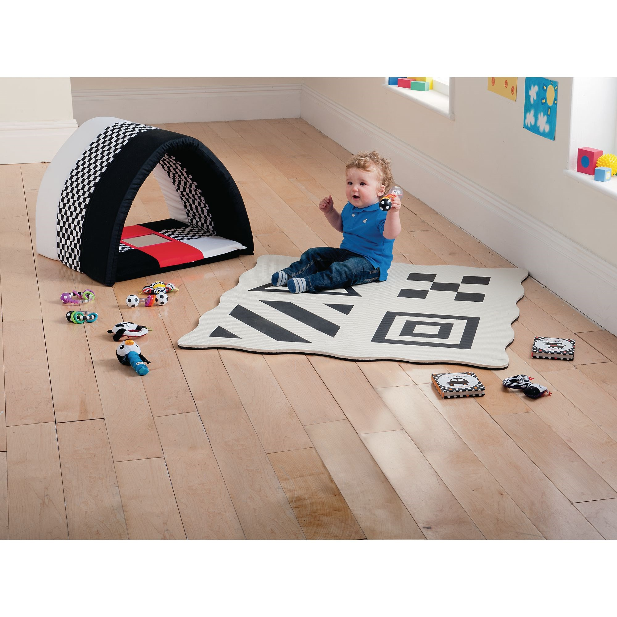 Black and White Sensory Tunnel