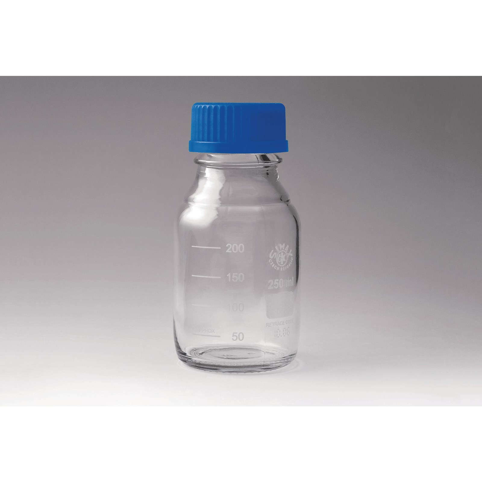 Borosilicate Graduated Bottles with Screw Cap - 500mL