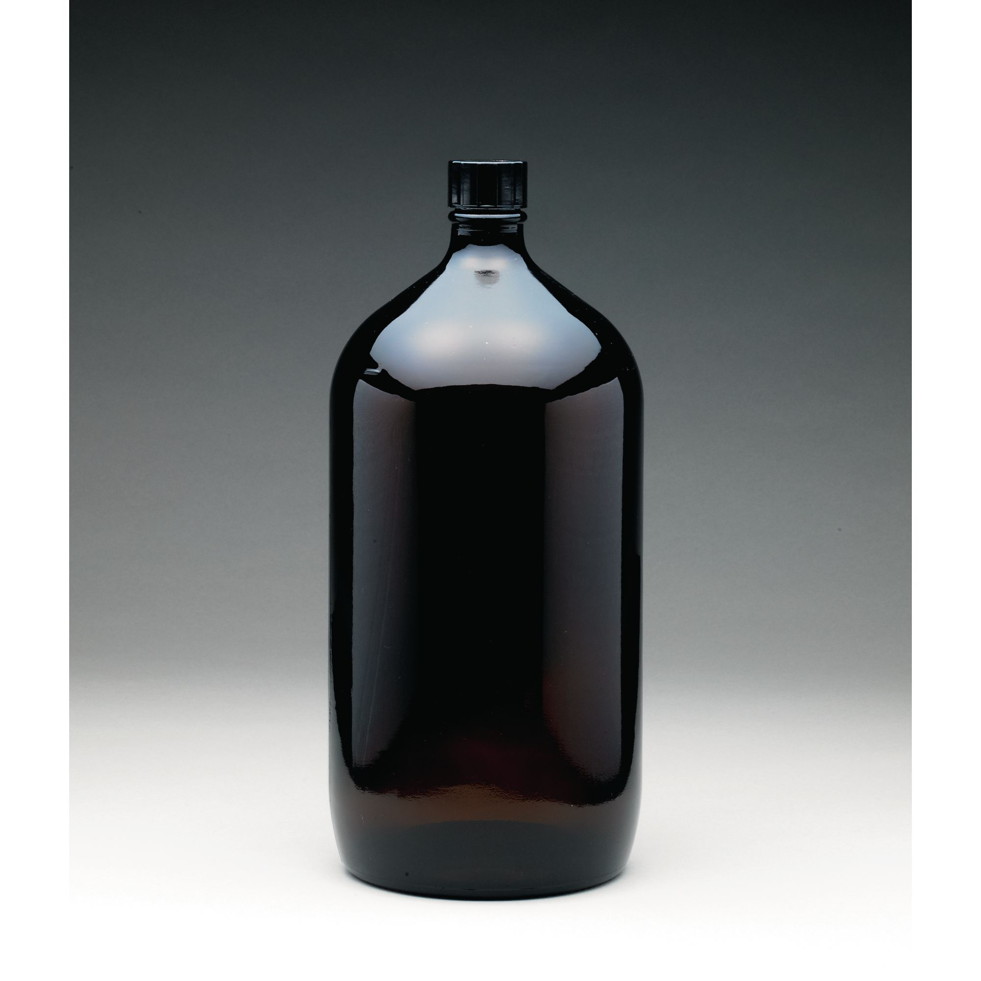 Winchester Pattern Amber Glass Bottle With Screw Cap 2 5l