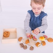 Wooden Cutting Set - Bread & Pastries