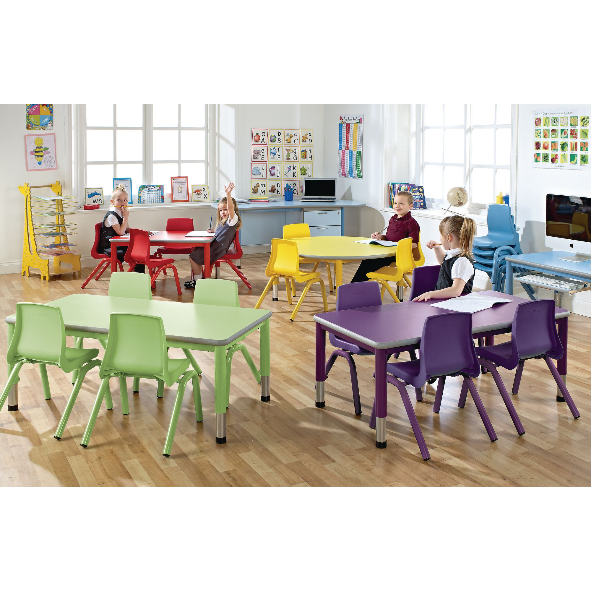 Picture of: Circular Table And 4 Chairs Bundle C1110046d Findel International