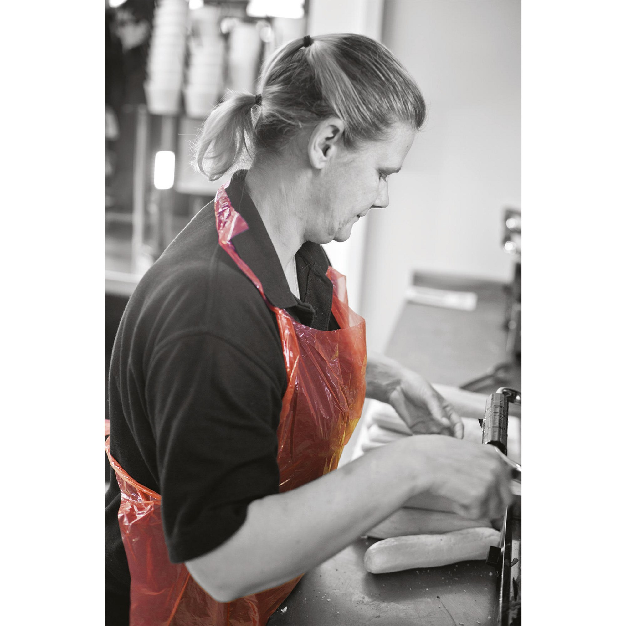 TC Aprons Red (Pack of 100)